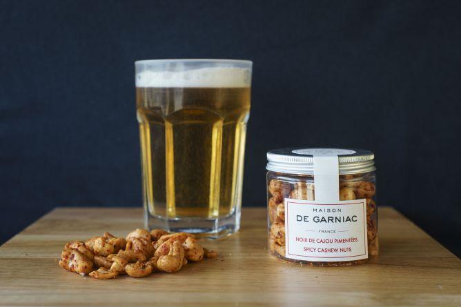 Spicy cashew nuts