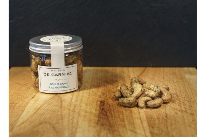 Spicy cashew nuts (Piment desCévennes)